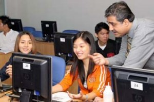 Computer lab at MDIS SIngapore