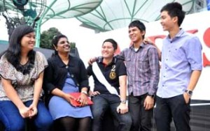 Malaysian students study at MDIS Singapore for a better future